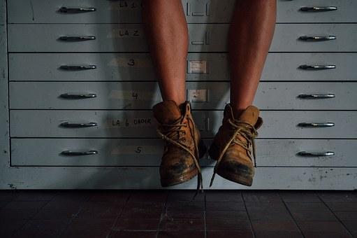 feet-1246673__340